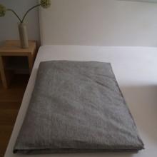 Bettbezug_oberlausitzer_leinen_fein_grau_2.jpg